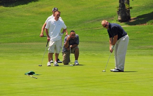 golfers-661792_960_720.jpg